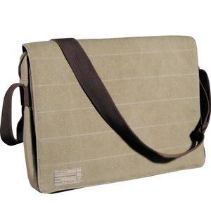 Hex 15-in Laptop Messenger Bag